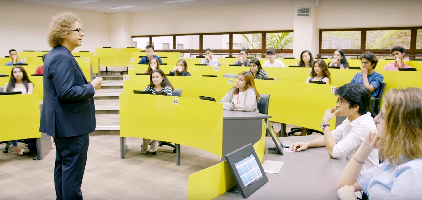Faculty-5.jpg