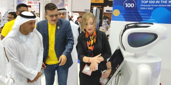 Dr Abdulla Al Karam, Chairman of the Board of Directors and Director General of the Knowledge and Human Development Authority (KHDA) with Mr Marko Selaković, Director – Institutional Development & Student Recruitment, and Dr Anna Tarabasz, Assistant Professor, SP Jain School of Global Management – Dubai Campus at our stall at GETEX 2019