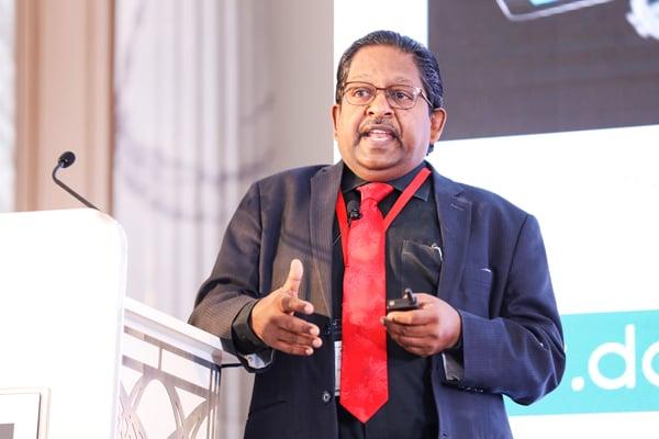 Prof Christopher Abraham