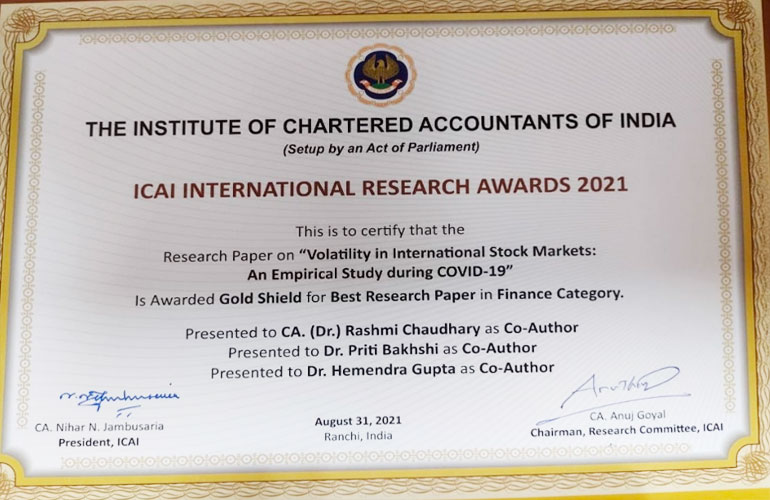 SP Jain's Dr Priti Bakhshi wins the Gold Award for Best Research Paper in Finance by ICAI