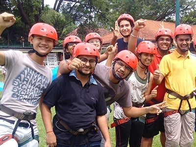 Making Team Building Fun via Outdoor Activities at Singapore Campus.