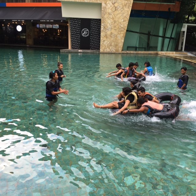 STUDENTS GO FOR POOL RAFTING IN SINGAPORE