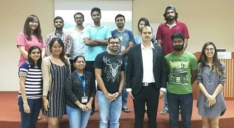 Postgraduate Students at Singapore Participate in a Fintech Workshop