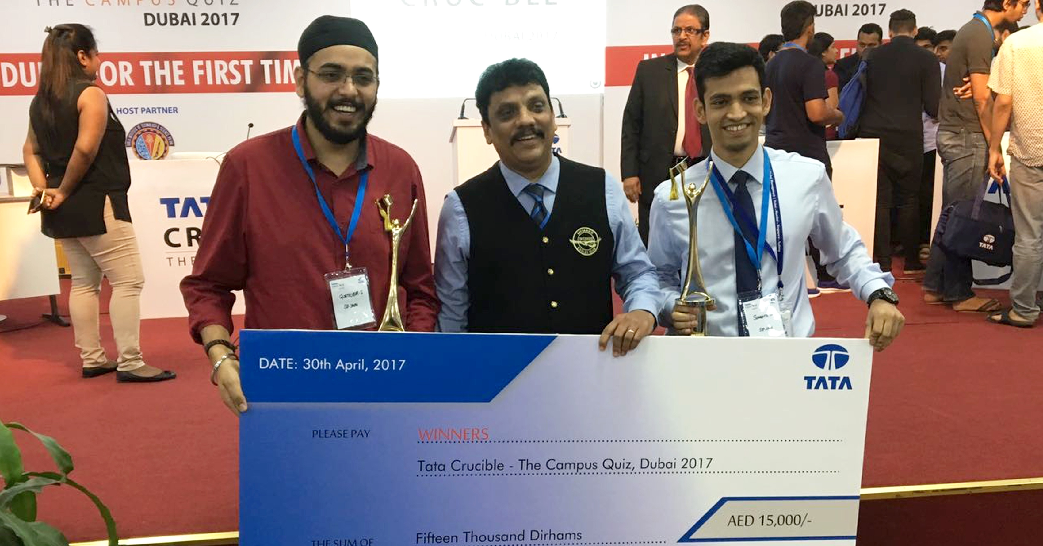 SPJain Winners at Tata Crucible Quiz Dubai-1.jpg