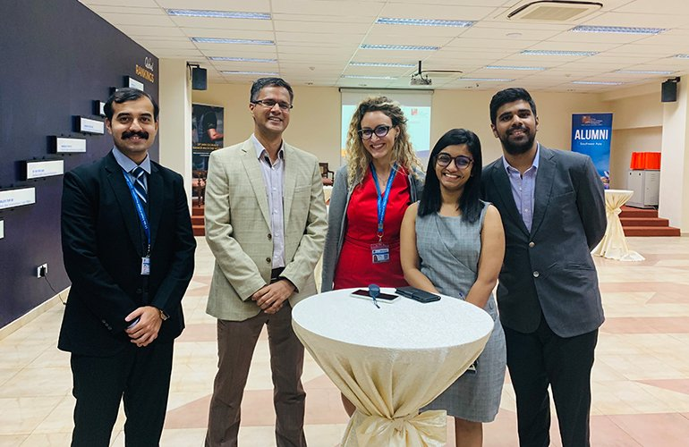 SP Jain EMBA alumnus, Sunil Mudambi (in grey jacket), Founder and Managing Director, 3 Cubed Business Consulting with our current GMBA September 2019 cohort