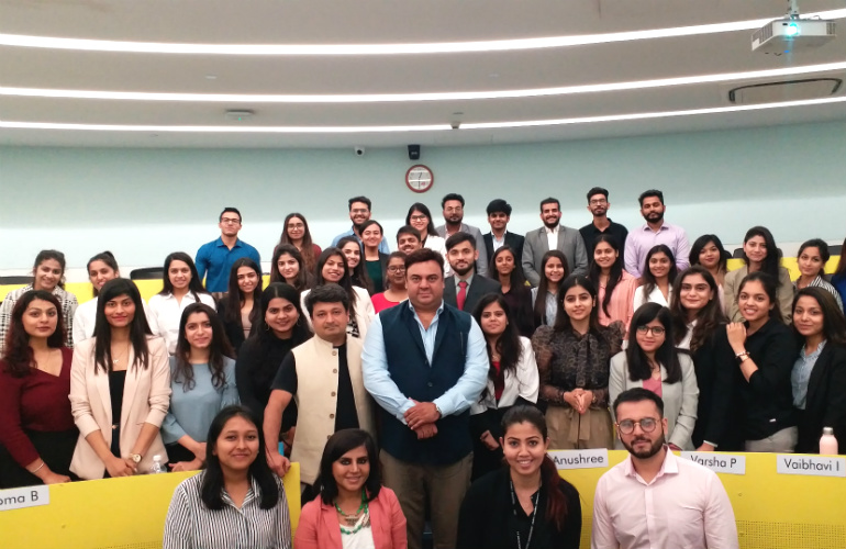 Mahesh Punjabi (centre) with SP Jain's Luxury Management students
