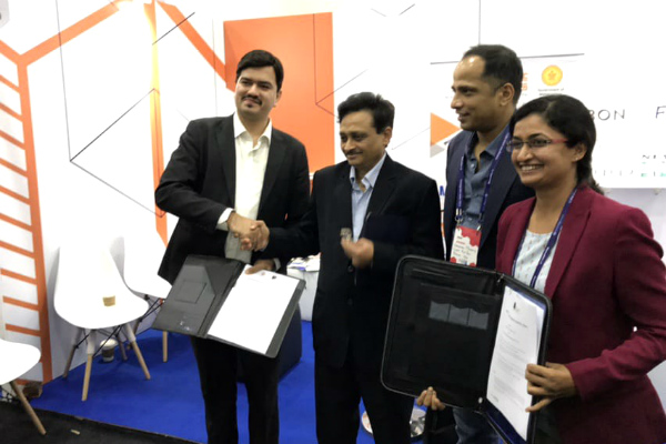 Mr. Vikram Pandya, Program Director - Fintech at SP Jain, Shri SVR Srinivas, Principal Secretary (IT) - Government of Maharashtra, Sopnendu Mohanty, Chief Fintech Officer - Monetary Authority of Singapore (MAS), and Sunita Nanda, Fintech Officer - Government of Maharashtra