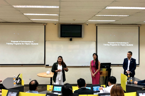 Ms Winnie Yong, Head of Marketing and Student Recruitment (Singapore) – SP Jain (centre), and Ms Diana David, Student Recruitment Manager (Singapore) – SP Jain (left), discuss scholarship opportunities