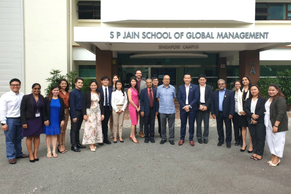 His Excellency Mr Joseph Del Mar Yap (centre, in light blue) with Embassy officials and Dr John Fong, CEO & Head of Campus (Singapore) – SP Jain, as well as staff and students of SP Jain
