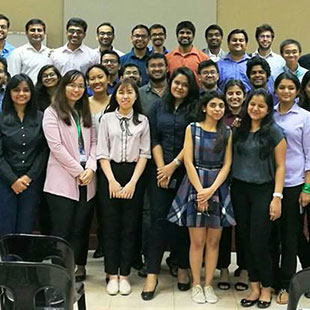Postgraduate Students Attend a Workshop with Amazon Web Services, Singapore