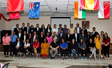 Study Tour to the Land of Opportunities – EMBA Mumbai cohort visits Dubai