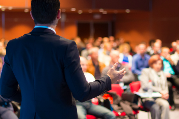 Dr Silvia Vianello, Director – Innovation, shares 6 ways to keep your audience riveted on stage