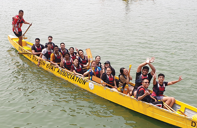 Dragon Boat Racing: A unique cultural experience so 'oar-inspiring'