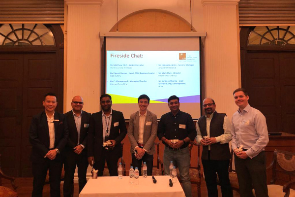 The evening started off on a great note as Dr. John Fong, CEO & Head of Campus (Singapore) - SP Jain, welcomed guests and key speakers from Zespri International, Unimas Consulting, PropertyGuru Group, NetFoundry, Grab and The Coca-Cola Company